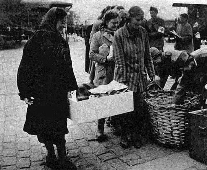 История женского концлагеря Равенсбрюк. Чтобы знали и помнили (12 фото)