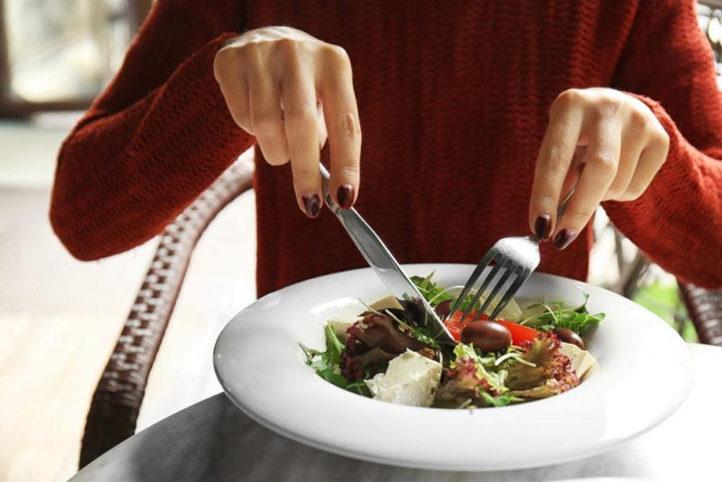 Почему после обеда или ужина так хочется съесть сладкого: 5 причин. Изображение номер 5