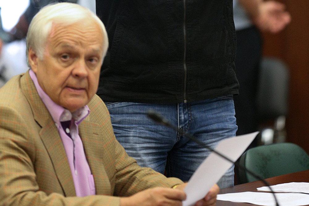 Бывший адвокат экс-сенатора Изместьева осужден за мошенничество