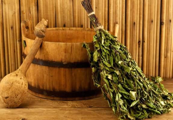 Как появилась традиция хлестаться вениками в русской бане?