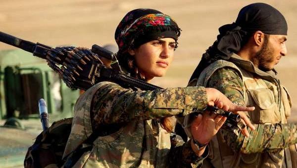 Боевики ИГ в Мосуле публично заживо сожгли 19 курдских девушек