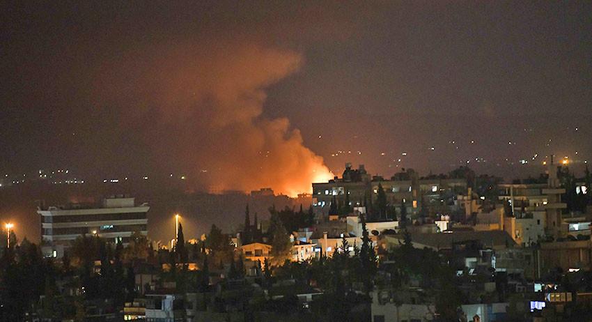 Израиль снова безжалостно бо…