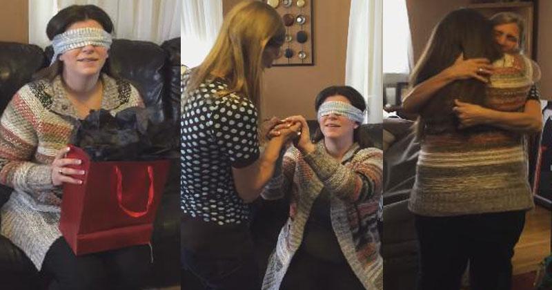 Женщине завязали глаза и вручили подарок. Она еще не знала, что в следующий миг перед ней возникнет самый важный человек в ее жизни!