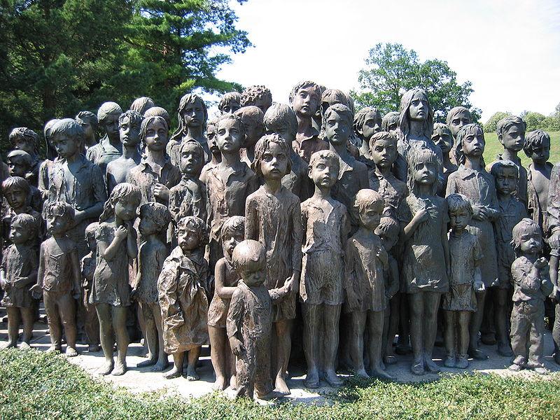 Во время Великой Отечественной войны против гитлеровских оккупантов действовала целая армия мальчишек и девчонок