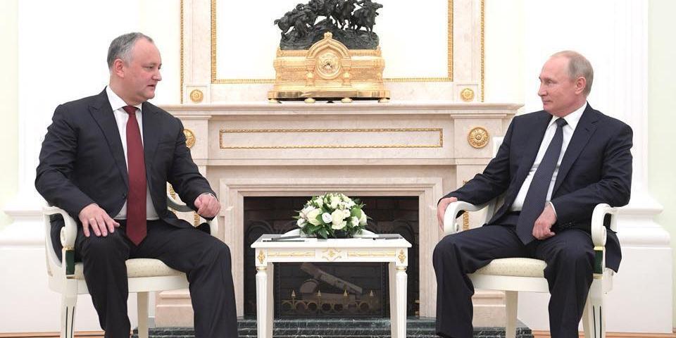 Додон попросил у Путина пода…