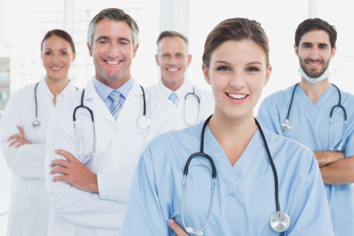 В нашей поликлинике работает доктор с очень забавной фамилией…