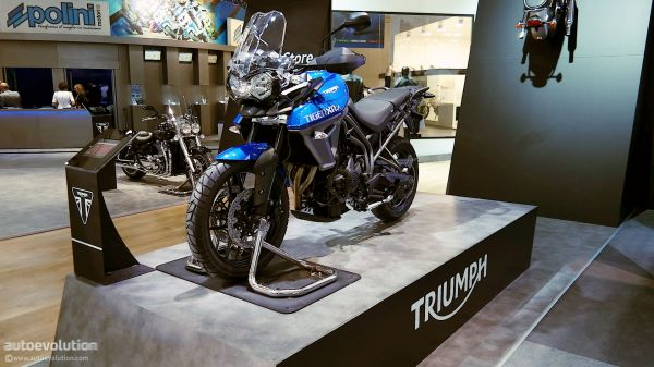 b2ap3_thumbnail_2015-triumph-tiger-800-xrx-and-xcx-dealer-launch-date-set-for-29-january-test-rides-available-90975_1.jpg