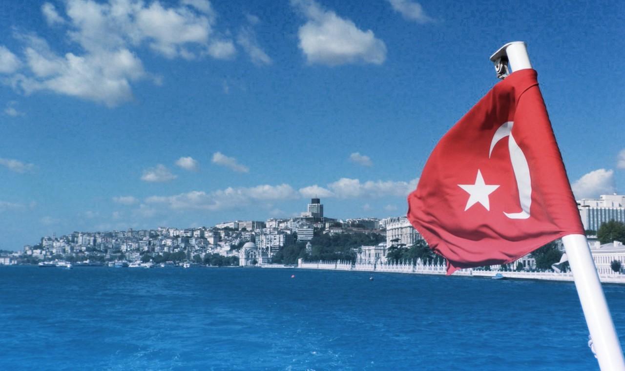 «Обеспечивает поддержку России»: эксперт прокомментировал желание Турции инвестировать в Крым