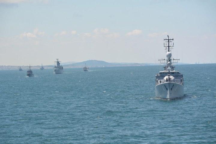 В Черное море заходит судно НАТО