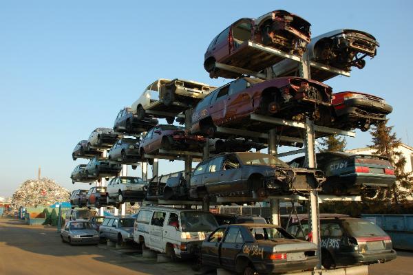 В России возобновят программу по утилизации автомобилей