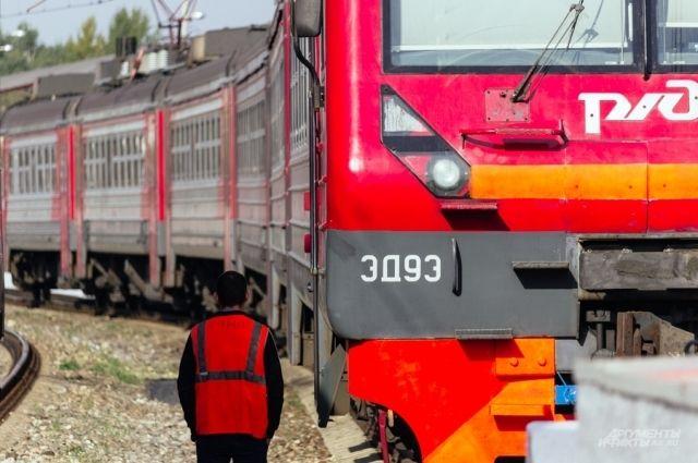 Какие поезда сейчас ездят из Украины в Россию и обратно?