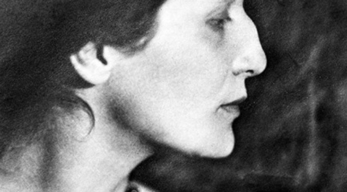 Лучшие стихи Анны Ахматовой. Какая в них глубина и мудрость