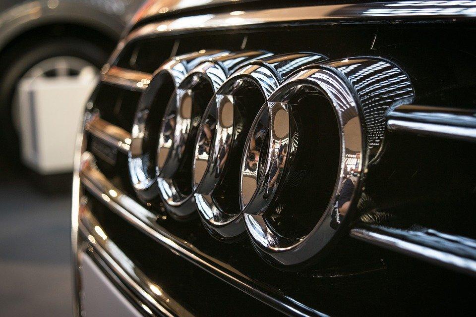Сколько денег придется отдать за новенький автомобиль Audi