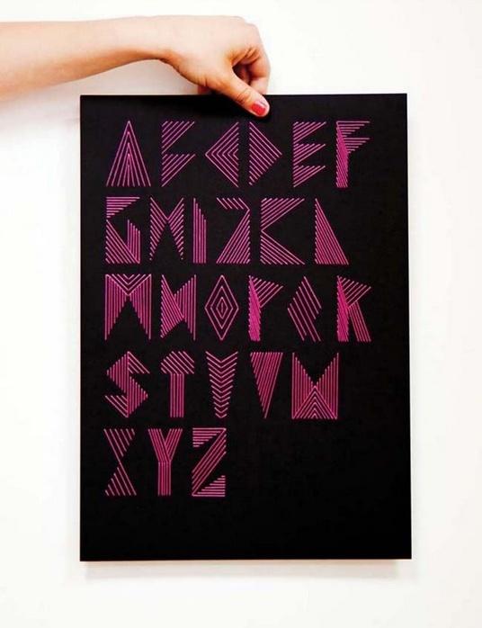 Необычный вышитый алфавит
