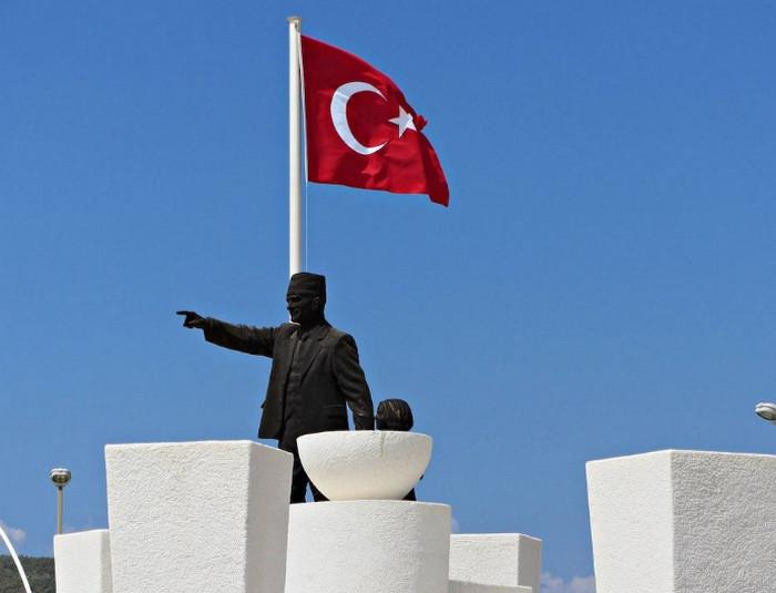 Турция вышла из списка крупнейших держателей госдолга США