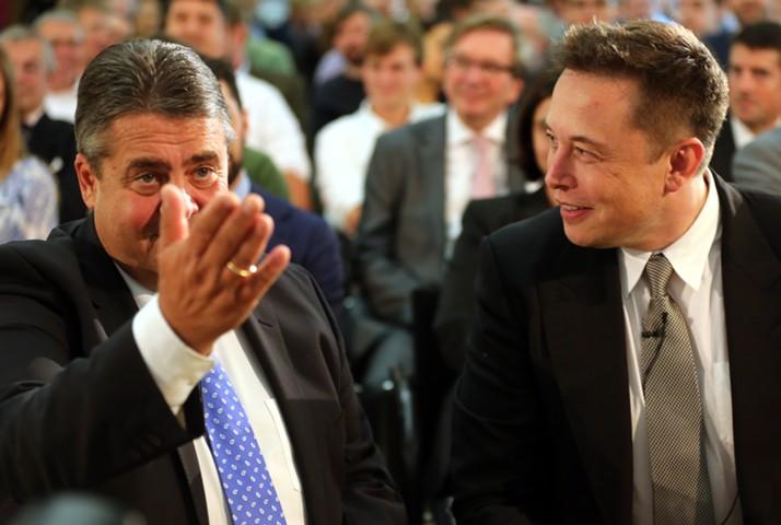 В Германии попросили вернуть субсидии в 4 тыс. евро на покупку Tesla