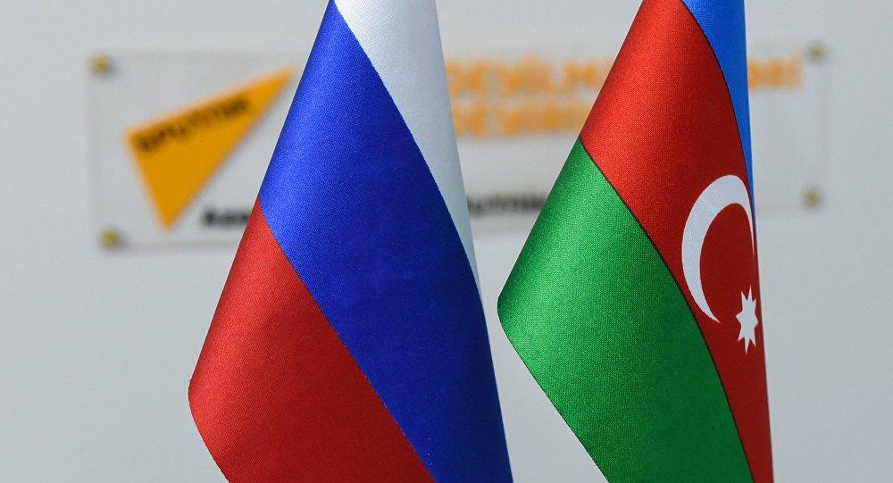 Азербайджанский журналист Ахмедов жестко о русских: гнать их как собак