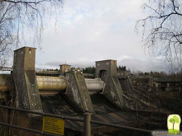 Завораживающий водопад Иматранкоски на плотине в Иматре, Финляндия - 8