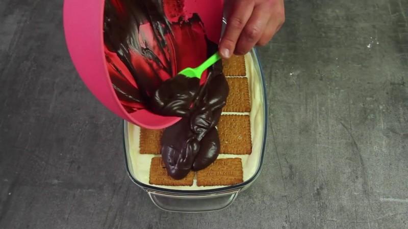 торт из готового печенья