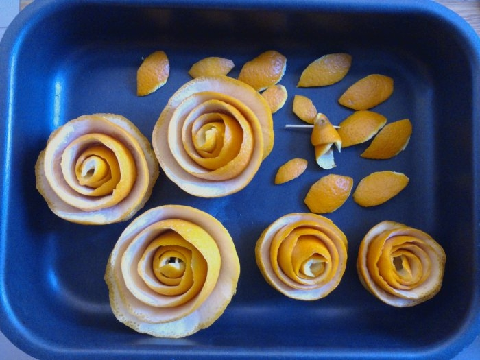 Топиарий из апельсиновых корочек. Мастер-класс (18) (700x525, 194Kb)