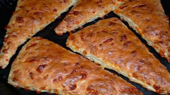 Сырные английские булочки-сконы