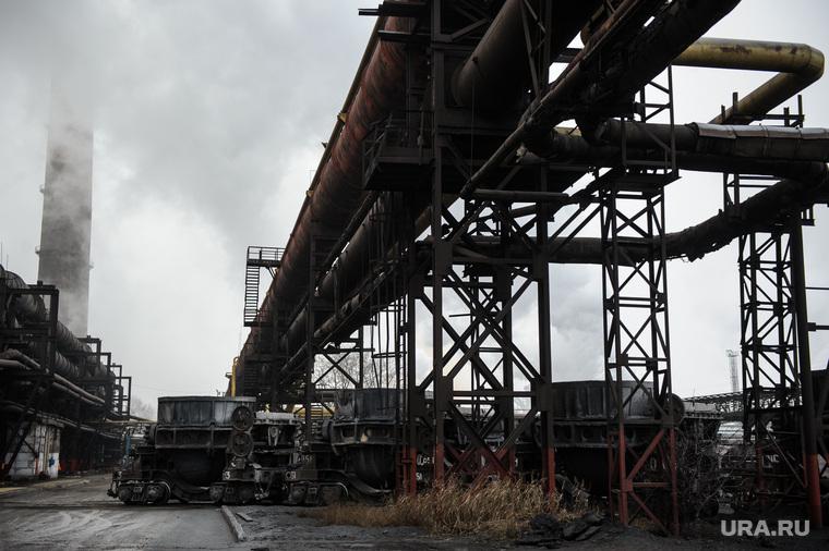 Экономика растет. Это факт!: В России промышленный спад стал самым сильным за восемь лет