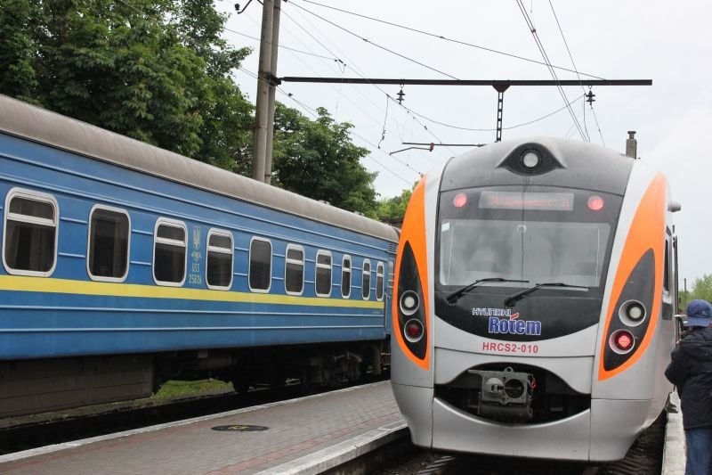 Украинский министр уверяет, что запрет поездов в Россию позволит сделать железные дороги страны луше