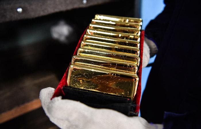 ЦБ РФ в августе закупил около 31 тонны золота