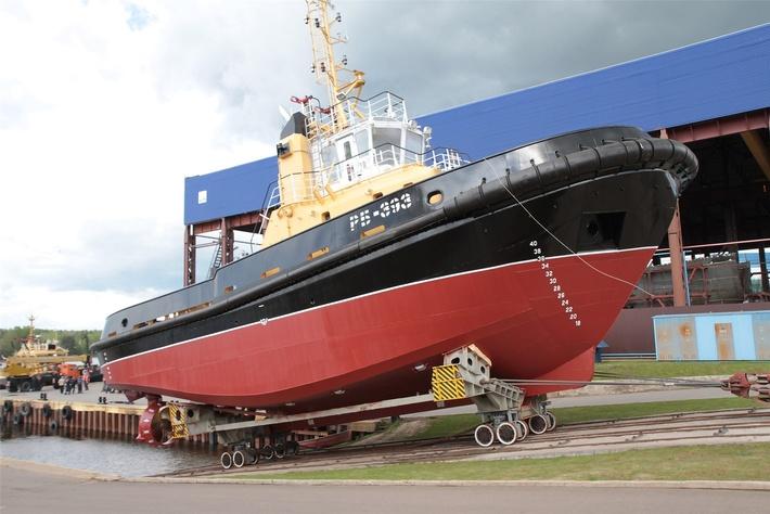ЛСЗ «Пелла» спустил на воду буксир РБ-393