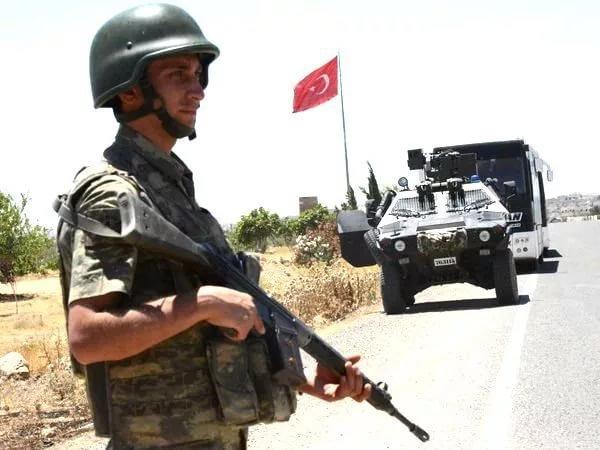 И вашим и нашим: чем закончатся попытки Анкары нейтрализовать курдов