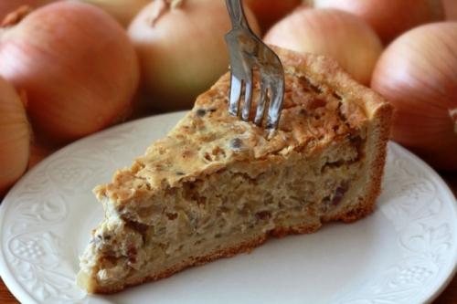 Немецкий луковый пирог: 2 варианта приготовления