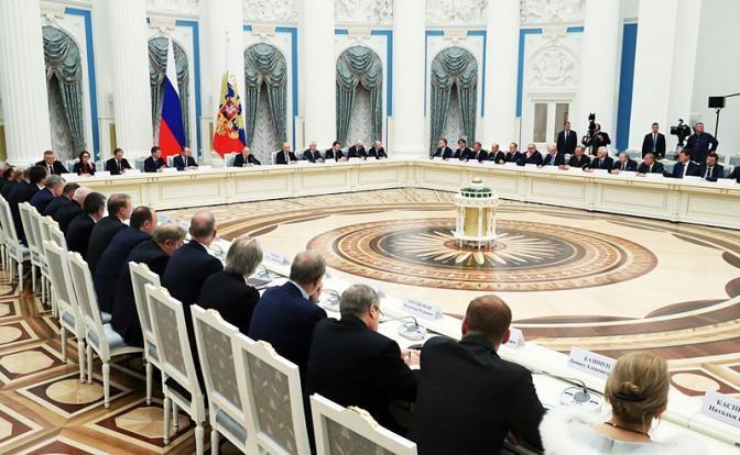 Судя по всему, в Кремле нача…