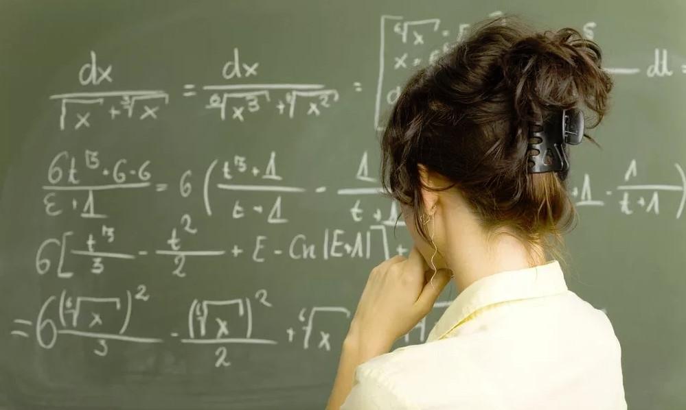 Позволительно ли учительнице…