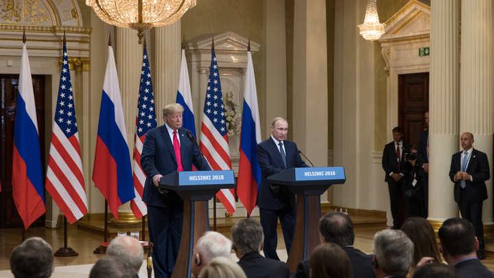 Daily News изобразило Трампа убийцей Дяди Сэма ради Путина