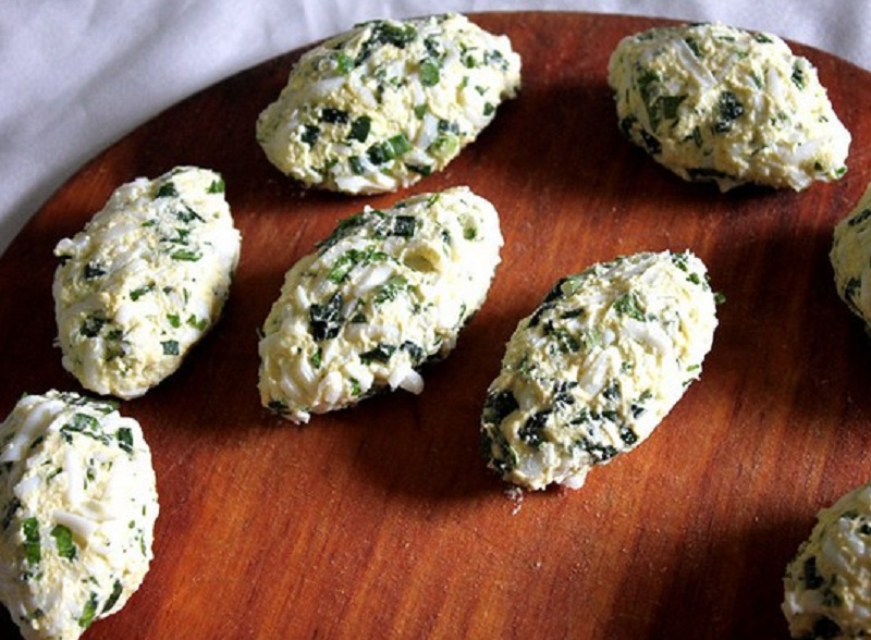 котлеты из яиц и зеленого лука