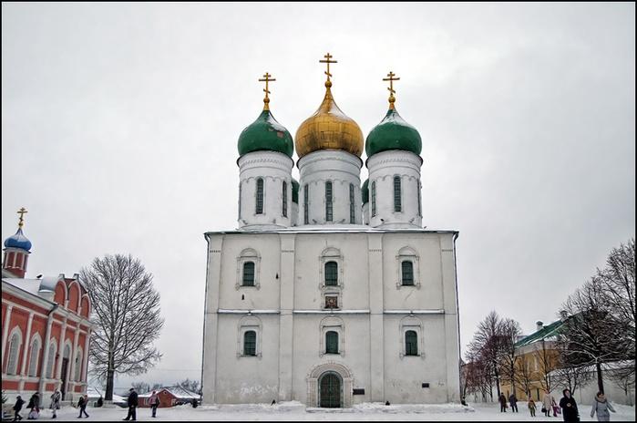 Собор Успения Пресвятой Богородицы в Коломне/3673959_5 (700x464, 115Kb)
