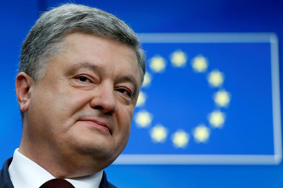 Порошенко пообещал референдумы по вступлению в НАТО и ЕС. Добьется ведь своего!