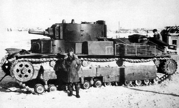 Один танк Т-28 против гитлеровских войск