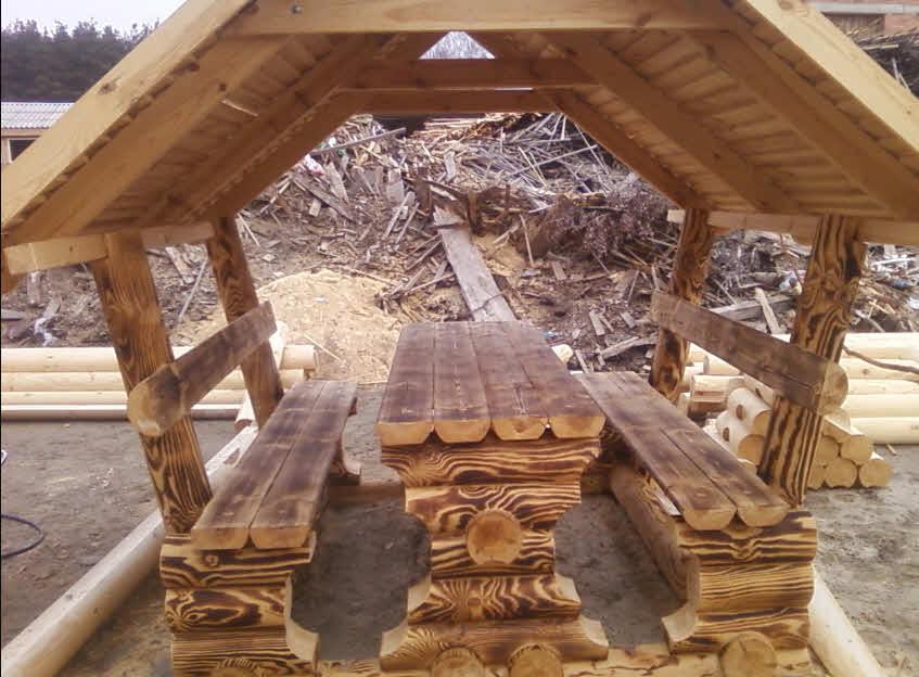 деревянная-беседка-в-стиле-рустик