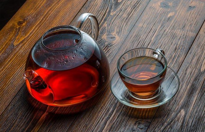Польза черного чая: здоровье пищеварительного тракта.