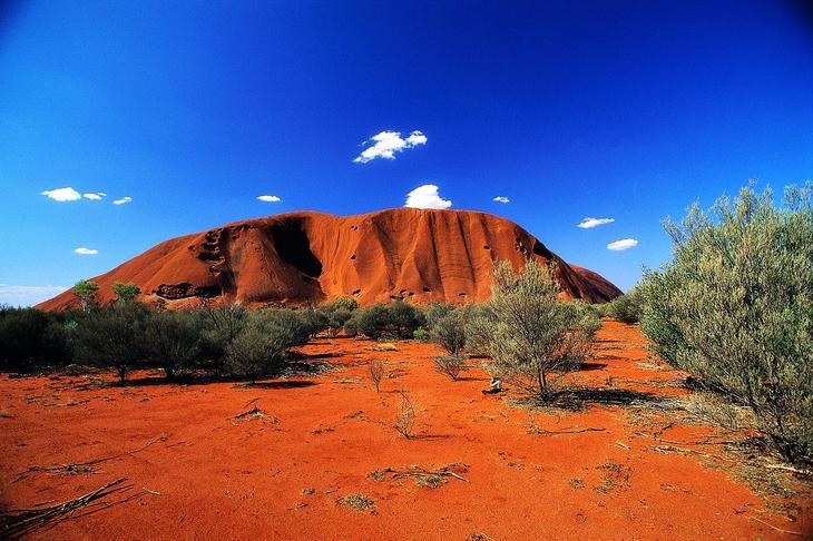 Пустыня Симпсона Австралия. Жажда цветов и красок. 11 самых необычных и загадочных пустынь нашей планеты. Фото с сайта NewPix.ru