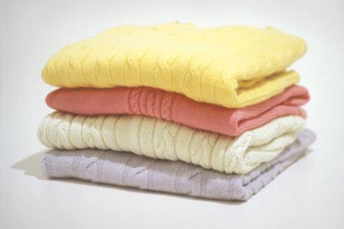 Как убрать катышки с одежды …