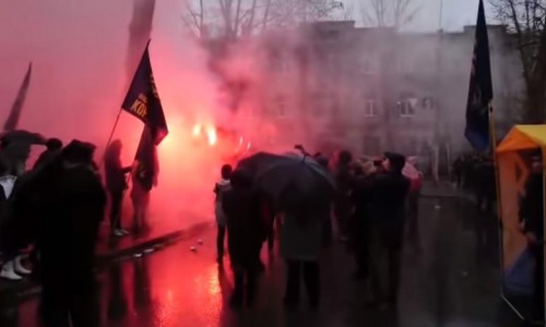 На Украине заполыхали консульства РФ