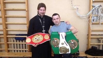 Священник Грозовский обещал …