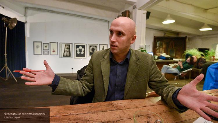 Британский журналист Грэм Филлипс раскрыл правду о фейковых киевских СМИ