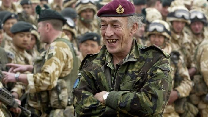 СМИ: британский генерал подозревает Путина в попытке возрождения СССР