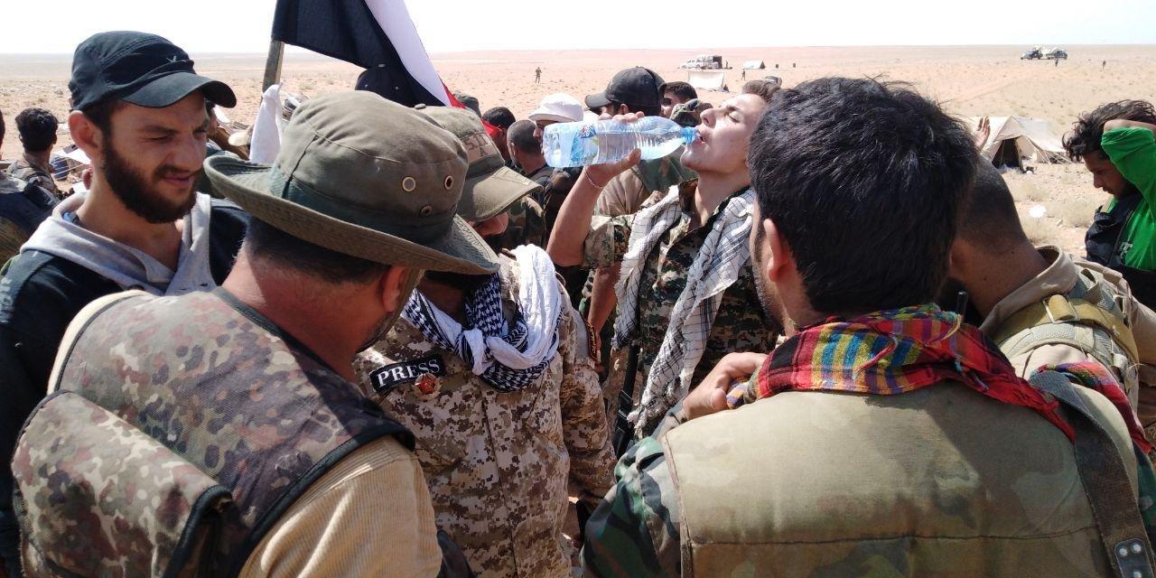 СМИ: коалиция во главе с США вертолетами вывозит боевиков ИГ из провинции Дейр-эз-Зор