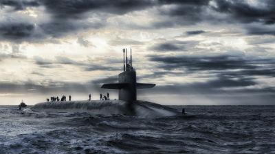 Британский корабль нашел и сопровождал российскую подлодку