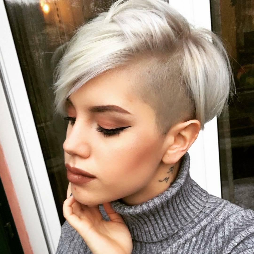 Модные причёски на волосы 2018 женские