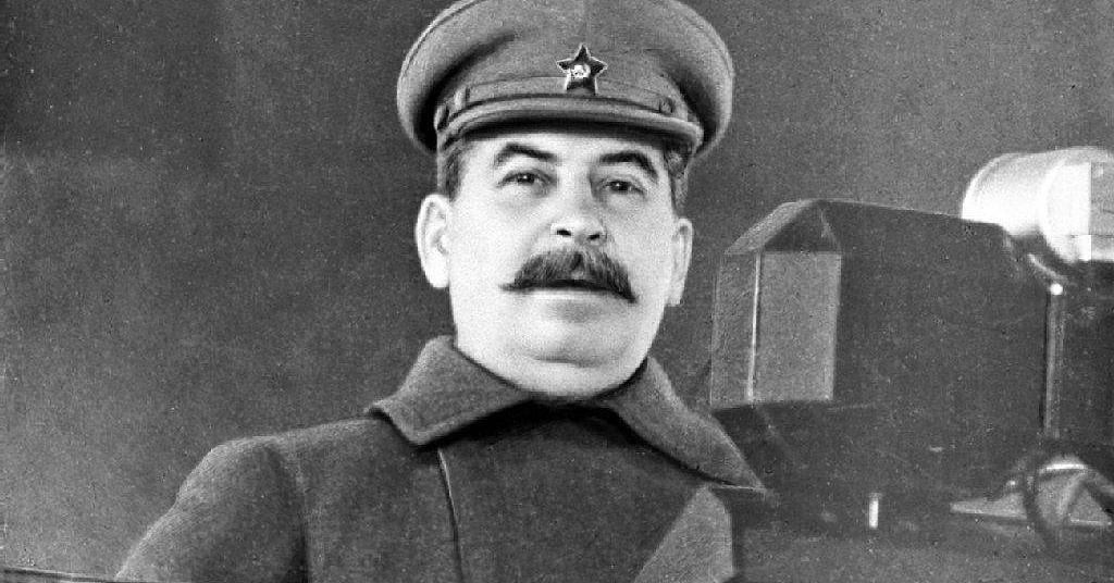 Опять вранье: Сталин никуда …
